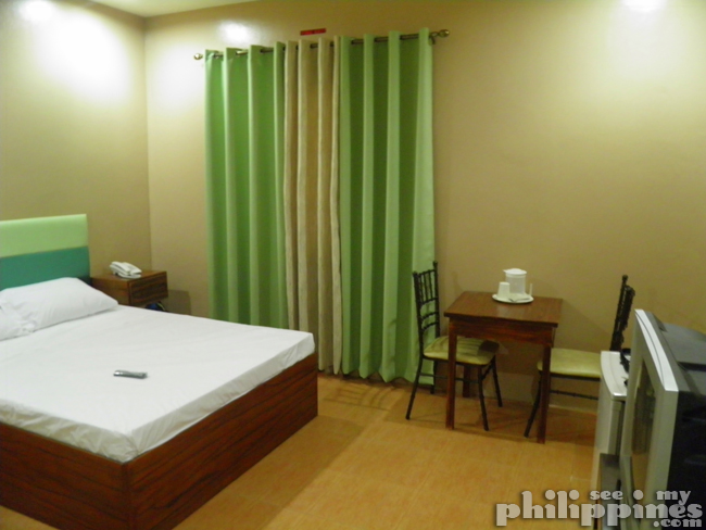 Hotel Surla Angeles City Philippines Room