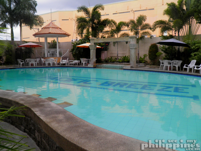 Pacific Breeze Hotel Pool